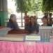 กลุ่มสตรีทอผ้าพื้นเมืองย้อมผ้าสีธรรมชาติ